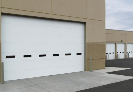 ENERGY SERIES WITH INTELLICORE® overhead doors